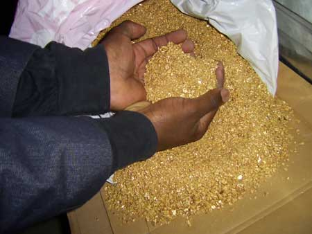 Dear Buyer We Are Private Gold Sellers Based In Spain Writing To Advertise The Availability Of My Product Pure Gold Bar And Dust In Large Quantities We Are Prepared To Provide Quantities Of Up To 100 Kilograms Of 22 Karat Pure Gold Bar And Dust Monthly We