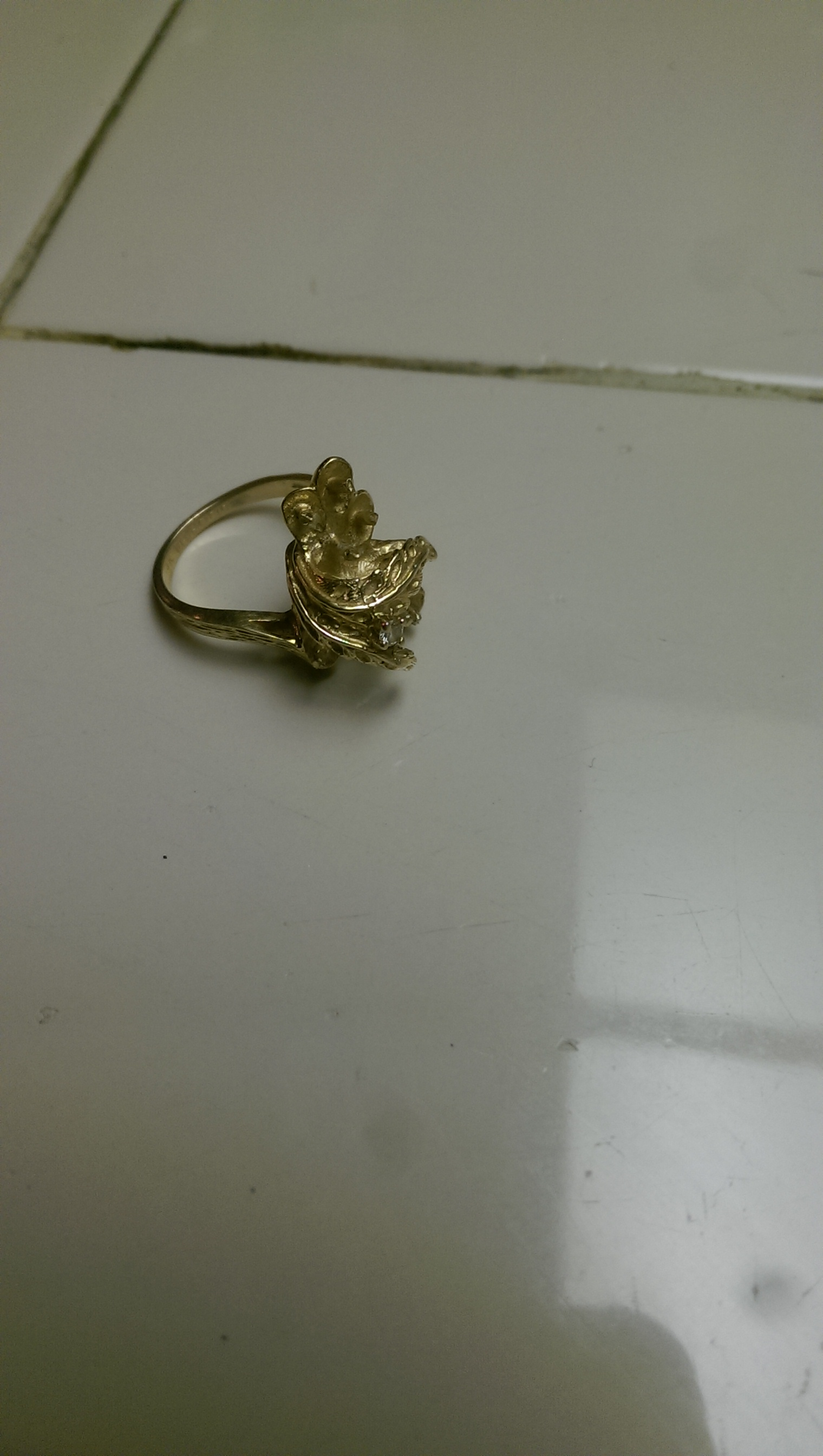 c67c06ad4e45 18k gold ring picture Mar-10-2019 Country  United States For Sale ...